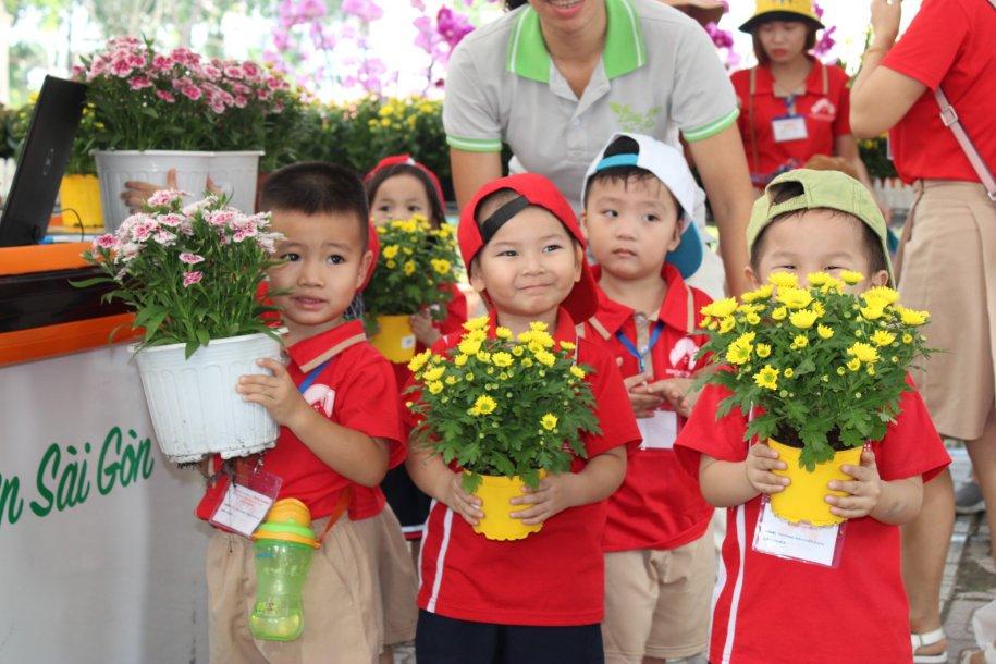 cho hoa lang hoa go vap2