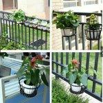 Top 4 loại chậu trồng hoa trang trí lan can, ban công