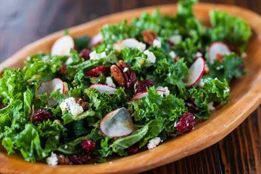 Salad cải xoăn